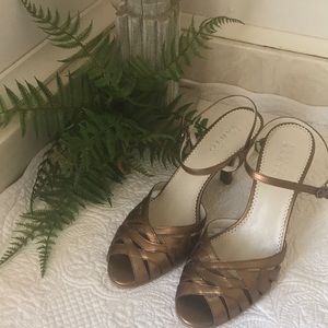 FRANCO SARTO Strappy Gold Leather Heels sz 8